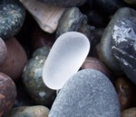Pilldrop white sea glass beads