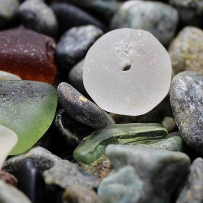 Sea glass bead
