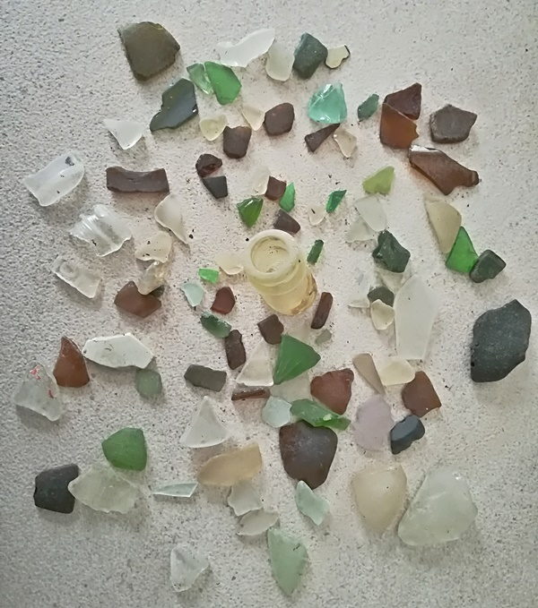 sea glass in snow 2018
