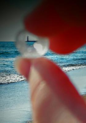 Tiny Bottleneck Spyglass