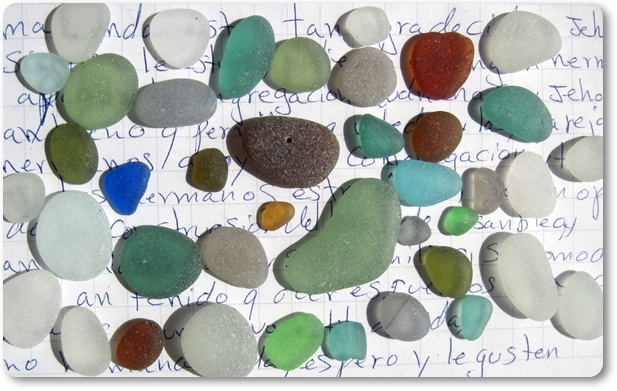 August 27 2015 Huanchaco Sea Glass Catch