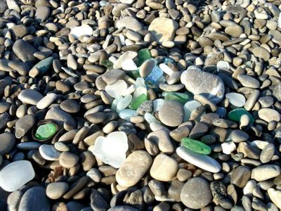 Look how easy it is to find seaglass here!