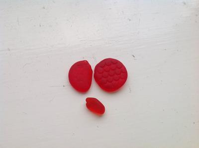 First red finds - Whitby beach finds - Engand UK