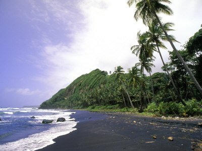 Black Sand Beach, Dominica