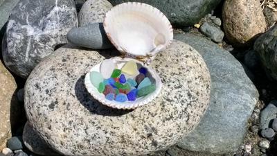 Sea Glass Photo Contest - June 2017