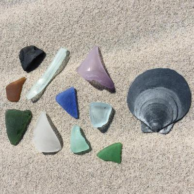 That whole walk was full of awesome sea glass!!