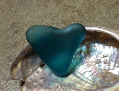 One of my most prized sea glass find 😍